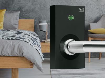 Drzwi na kartę czy może klamka elektroniczna blueSmart do drzwi wewnętrznych?