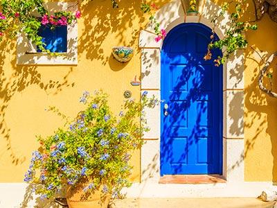 Kiedy montować drzwi zewnętrzne?